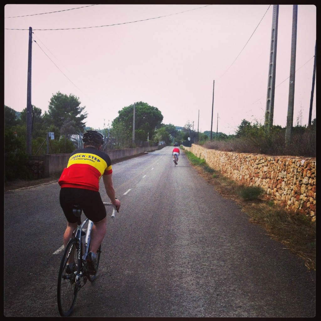 The break was on straight away from our start point in Puig D'en Valls