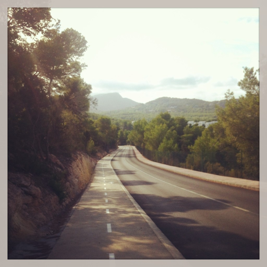 The road towards Cala Vedalla