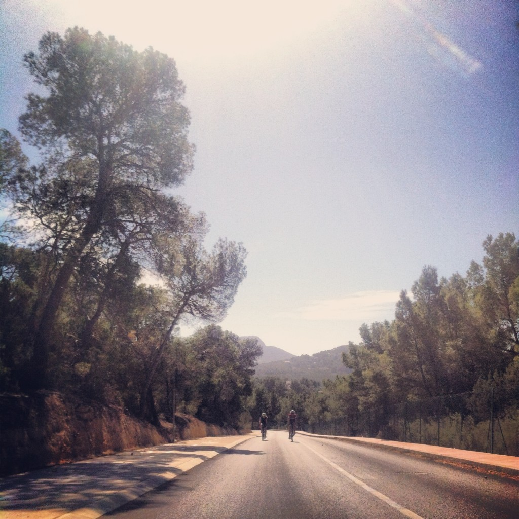 Beautiful Tarmac coming into Cala Moli