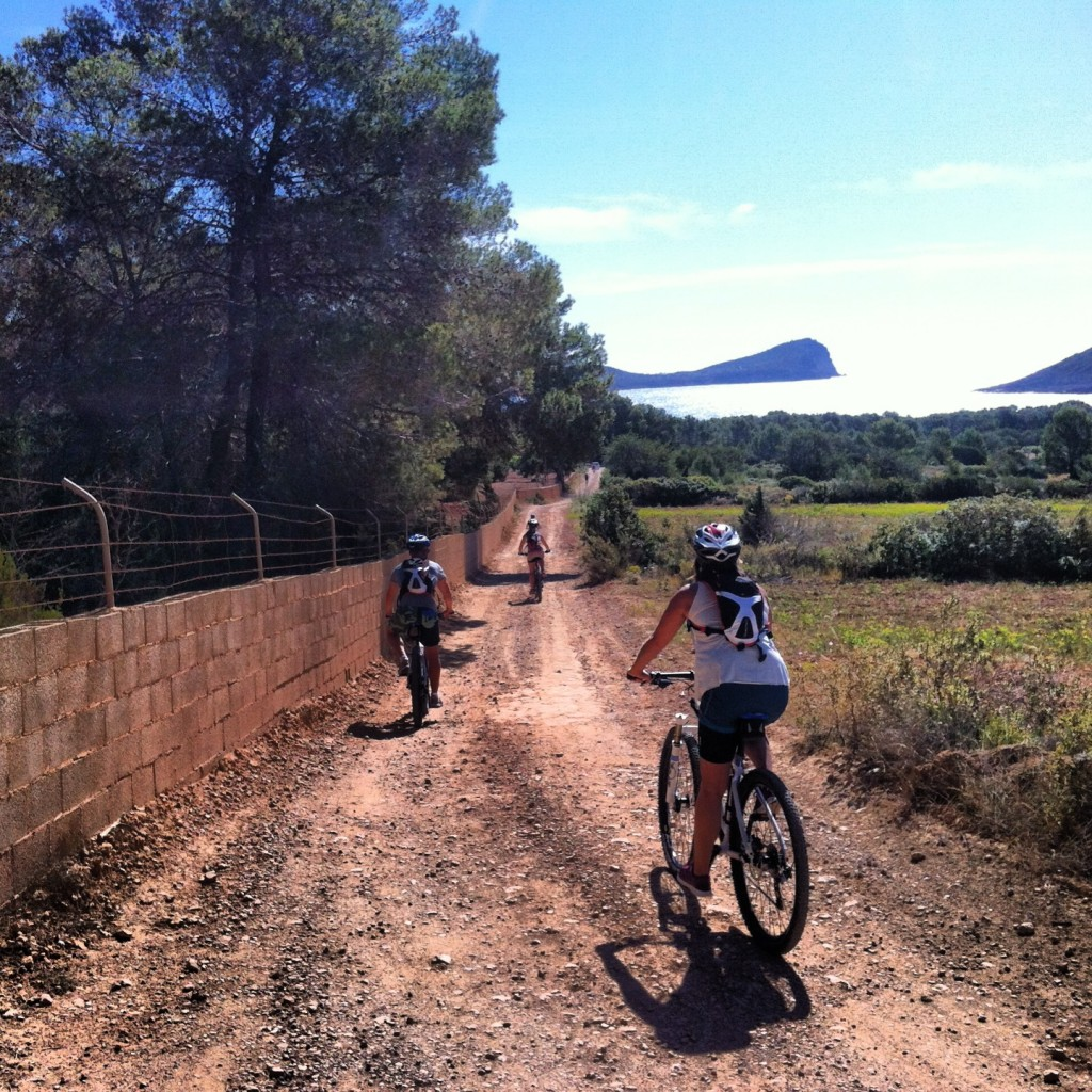 Day 4of the Challenge was part 2 of the biking. Starting at Playa Figueral we headed down the East coast...