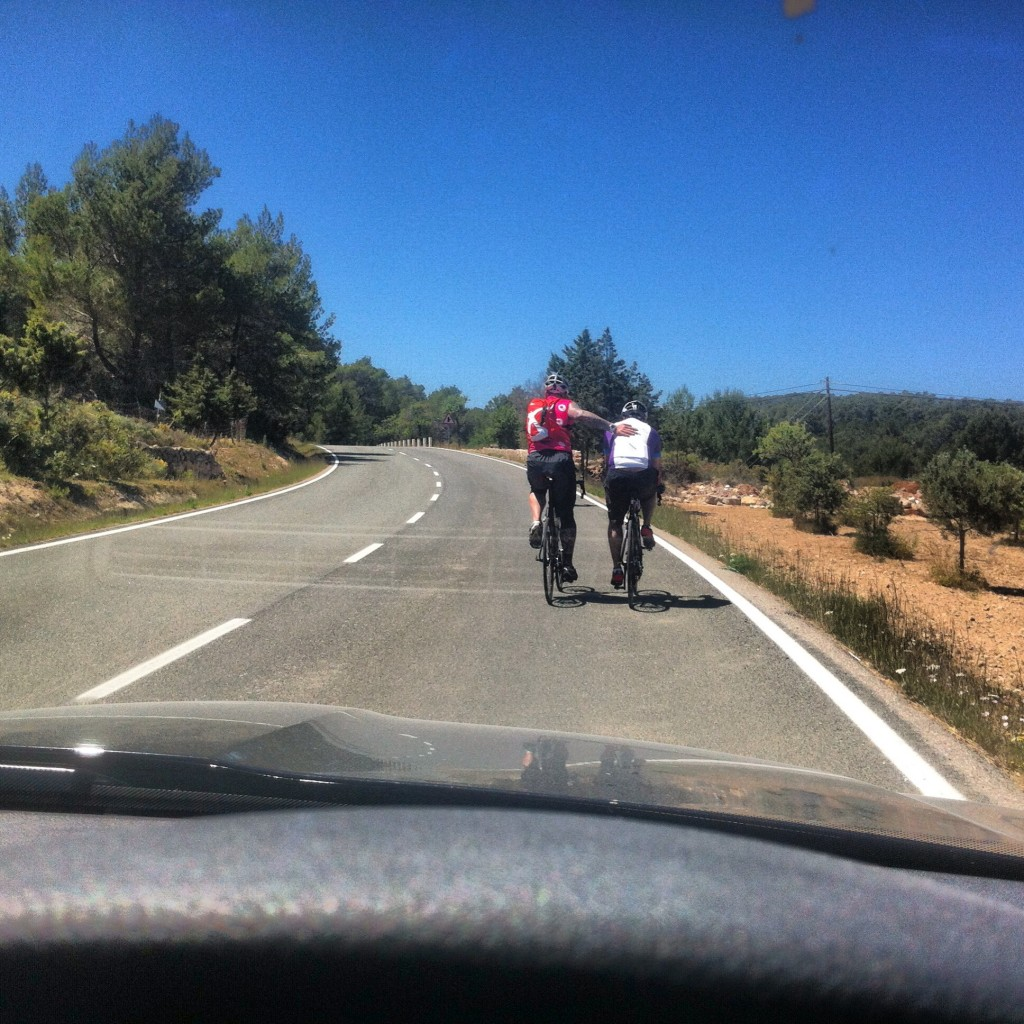 Support riders where on the road to provide a few much needed pushes!